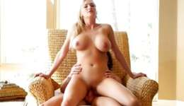 Hot blonde majesty girlfriend is getting pounded doggystyle rough