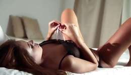 Outright right hooker is posing in a time fingering a cum-hole